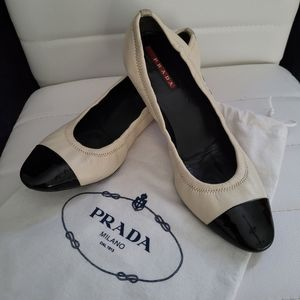 Prada Leather Ladie's Shoes ❤